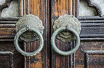古老的门环
