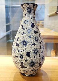 蓝地花朵纹玉壶春瓶