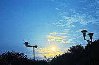 蓝天云彩日落风景图片