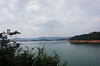湖泊山水风景画