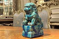 家居装饰品蓝色狮子