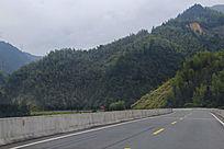盘山蜿蜒公路