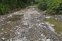 山区石子路