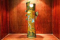 抽象造型陶泥花瓶装饰
