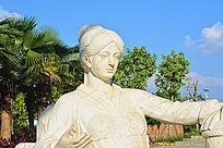民族人物雕像