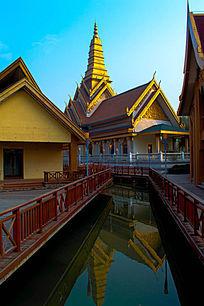 泰式水上风光建筑