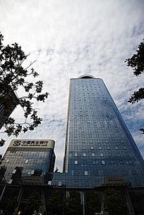 蓝玻璃办公楼