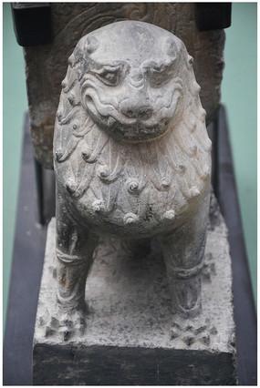 唐代石雕狮子