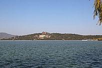 颐和园万寿山湖光山色