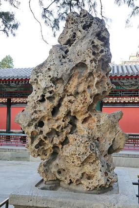 颐和园的太湖石盆景