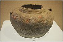 原始社会回纹瓷罐