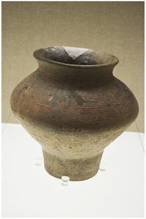 原始社会陶罐