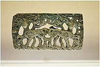 鸟纹青铜牌饰