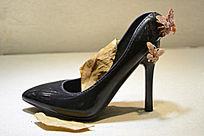 寿山石雕件蝴蝶高跟鞋