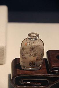 清代张葆田玻璃内画狩猎图鼻烟壶