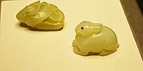 清青白玉兔