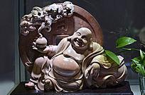 十渡红石雕福袋弥勒佛