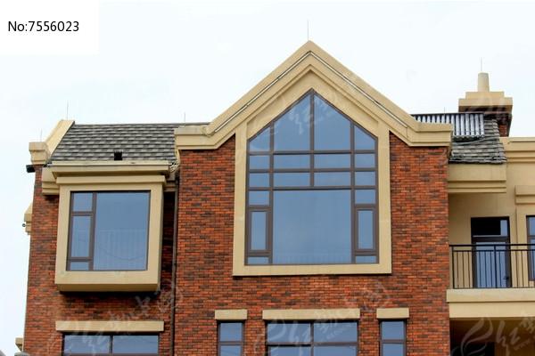 景观玻璃窗别墅暖山扬州别墅图片