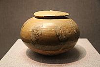 唐朝黄釉带盖瓷罐