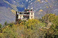 高山下的家