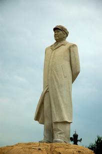 鸽子窝公园毛泽东雕像