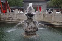 喷泉石龙雕塑