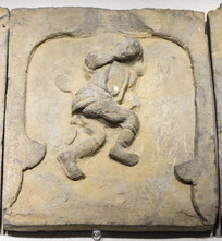 手鼓乐舞俑砖雕