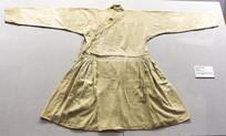 白棉布束腰窄袖大褶袍