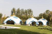 草原上的蒙古包