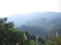 高山山峦风景图片
