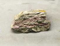 新疆的锂电气石