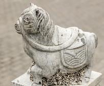 十二生肖午马动物塑像