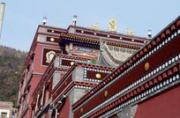 红色建筑装饰墙