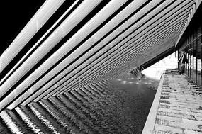 三角形木屋框架 水上建筑