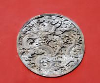 圆形龙雕刻壁画