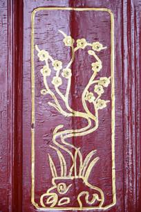 梅花图案描金雕刻