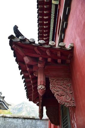 木雕门檐摄影图