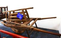 木质独轮车高清图片