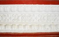 白色花卉图案浮雕