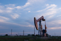 开采中的油井