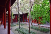 红墙青瓦古朴小院