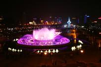 漂亮的音乐喷泉