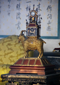 清代山羊驮钟