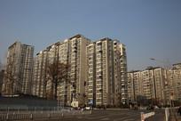 现代居民小区大楼