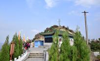 山顶上的寺庙图片