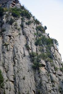 险峻的山峰高清大图
