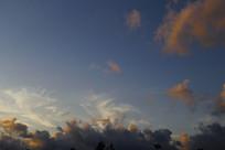 蓝色天空霞云