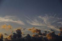 天空奇怪云层