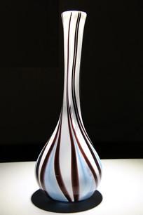 玻璃工艺品长颈细线条纹花瓶
