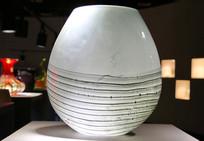 玻璃工艺品环纹仿瓷罐